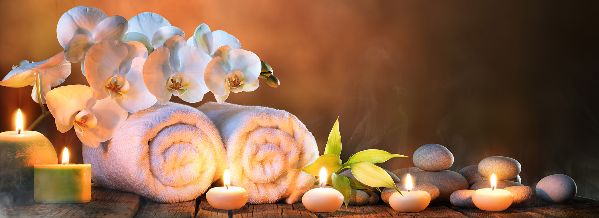 House of Asante Spa candles and pebbles