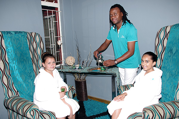 Asante Spa welcome with tea